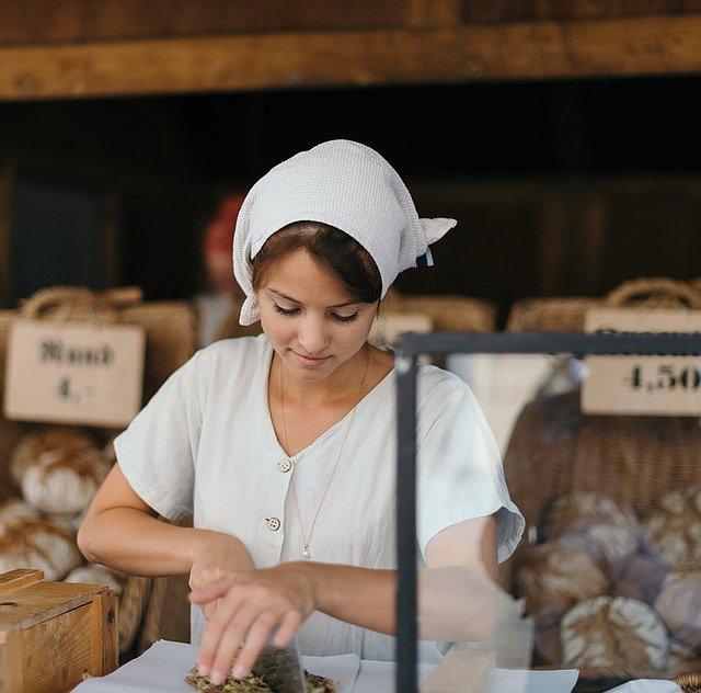 mladá pekařka
