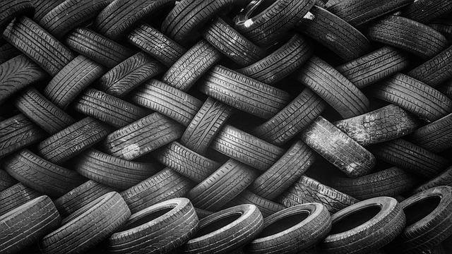 vyskládané pneumatiky
